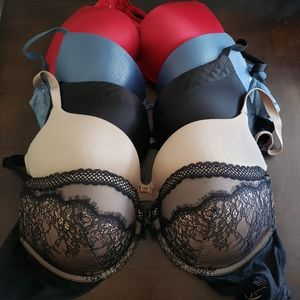 🎀Victoria's Secret LOT - 5 BRAS